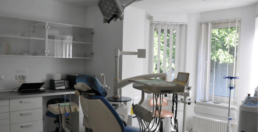Swiss Ecodent Klinik iti ofera tratament complet intr-o singura sedinta!