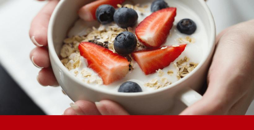 Cand este bine sa te speli pe dinti: inainte sau dupa micul dejun?