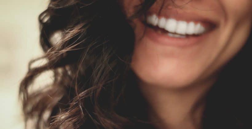 3 metode de reparare a dintilor ciobiti!