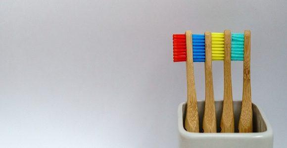 #ȘtiațiCă? – Istoria periuței de dinți